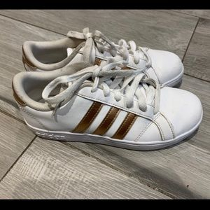 Adidas Girls Sneakers Size 35